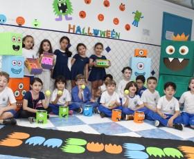EDUCAÇÃO INFANTIL HALLOWEEN COM OS MONSTRINHOS DIVERTIDOS
